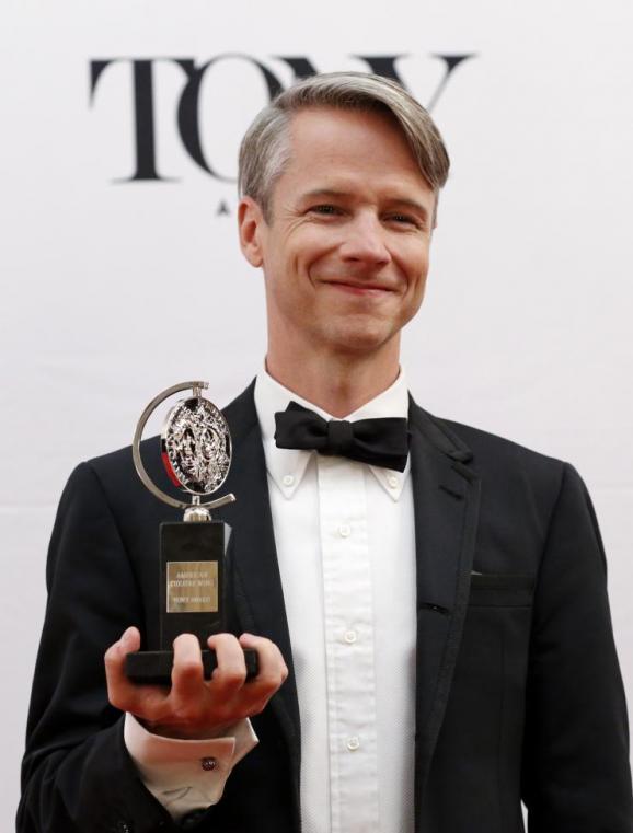 Фоторепортаж с Tony Awards: В Нью-Йорке наградили лучших театральных актеров
