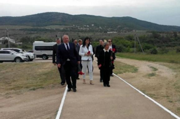 Італійська делегація, всупереч забороні, приїхала доокупованого Криму