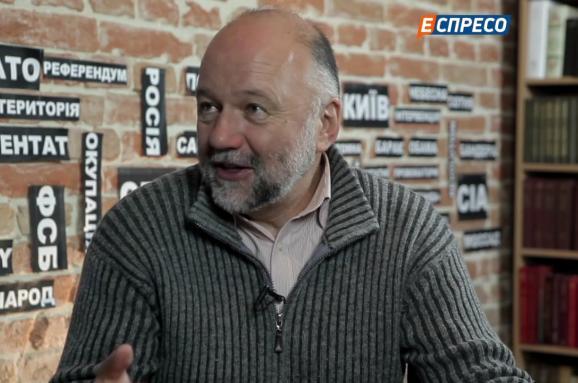 Андрей Курков: Украине всегда нужно помнить о Европе, работающей на Россию