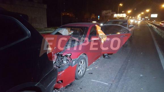 В столиці сталася масова аварія – постраждало 9 авто - фото 7