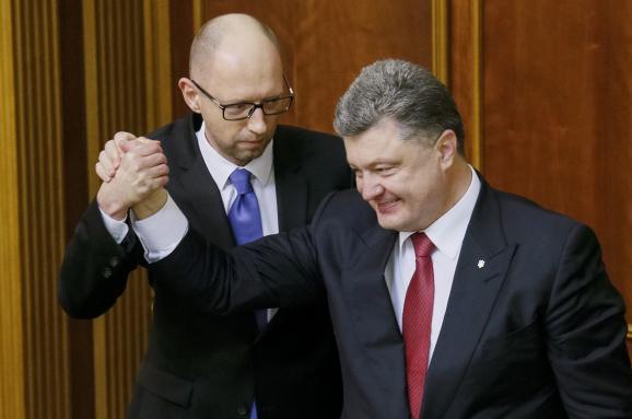 """Яценюк и Порошенко """"заклятые друзья"""", которые не хотят повторить 2005 год"""