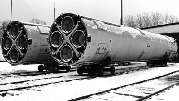 Будапештский обман. Нужно ли Украине ядерное оружие