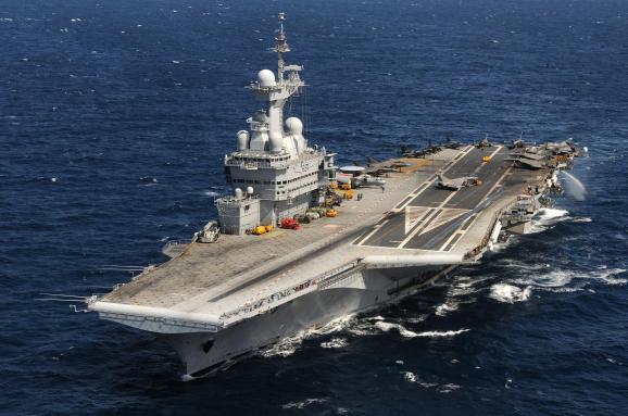 Франція відправляє свій єдиний авіаносець наБлизький Схід