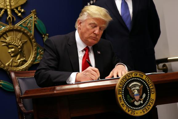 Дональд Трамп запрет въезд мусульман