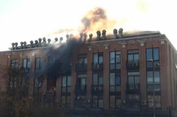 Потужний вибух стався у хімічній лабораторії вКитаї