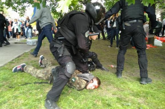 Картинки по запросу дніпро 9 травня поліц