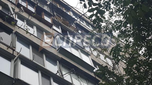 В Киеве подросток выпал с 7 этажа