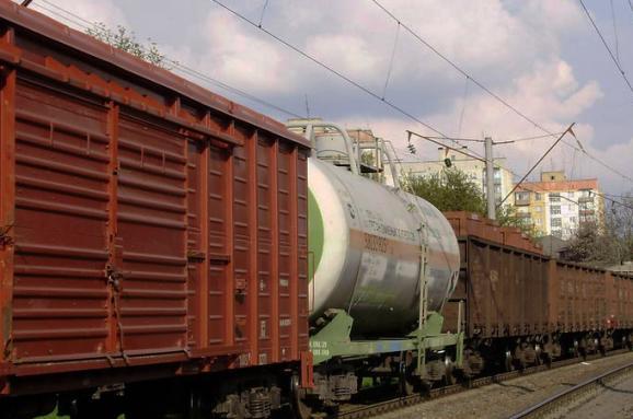 «Укрзалізниця» заборонила вантажоперевезення і транзит увагонах найбільших залізничних операторів Росії