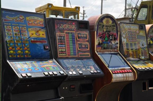 Игровые автоматы киев 2012 игровые автоматы бесплатно для айпада