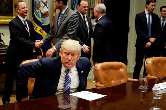 Трамп визначився зновим очільником ФБР