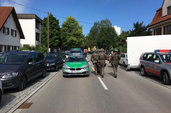 У Німеччині невідомий відкрив стрілянину навокзалі, є постраждалі