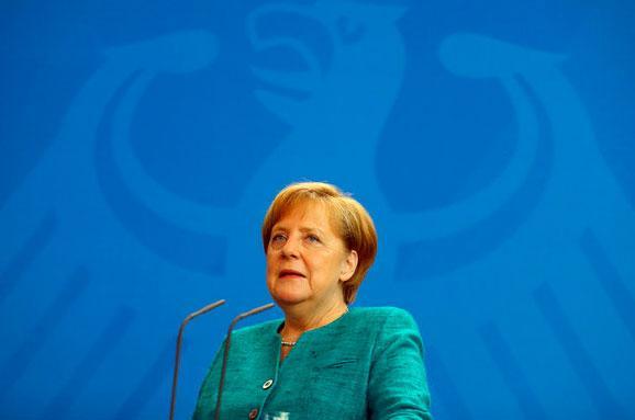 Меркель жорстко розкритикувала нові санкції США проти Росії