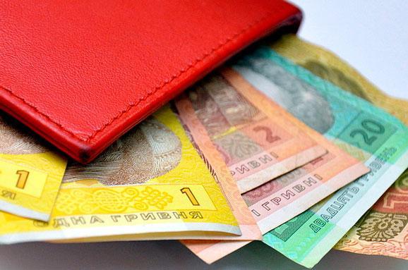Мінімальна зарплата може зрости до3 723 гривень знового року