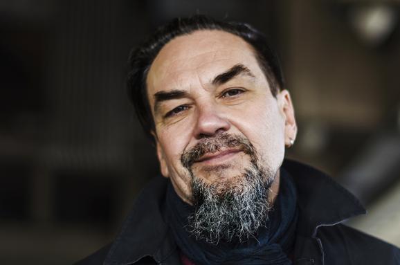 Юрий Андрухович: Общество нуждается в мерзавцах, чтобы чувствовать себя моральным