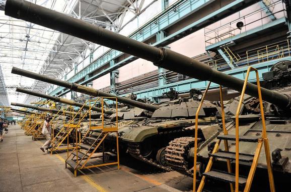 Турчинов анонсував придбання 10 танків «Оплот» для армії