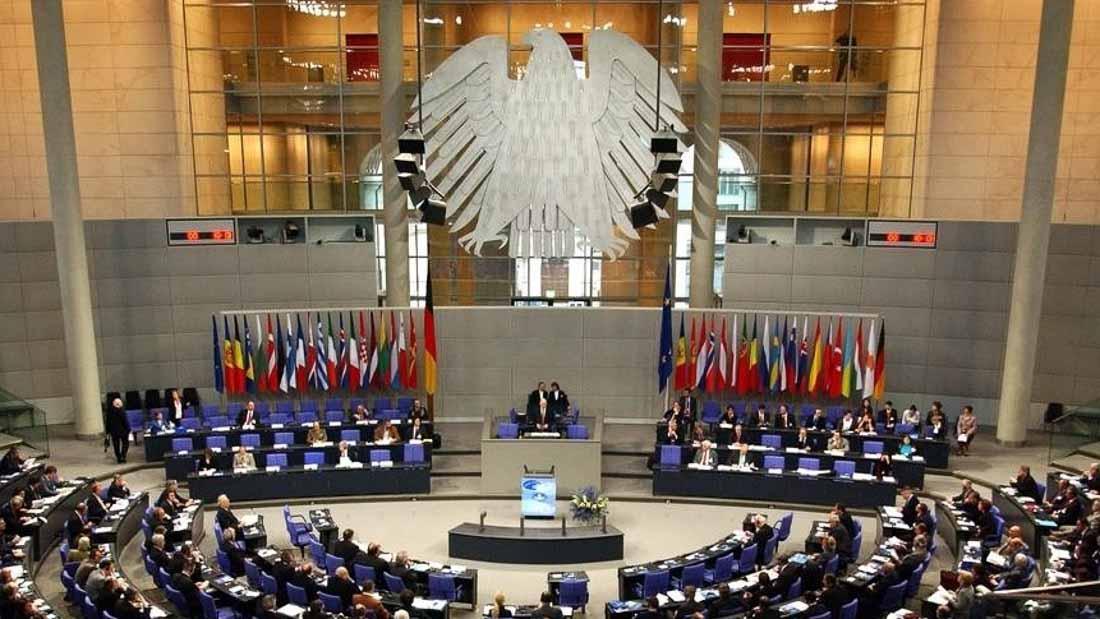 Закон для избранных. Арестовывают ли депутатов в Европе
