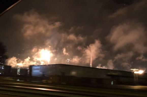 У Нідерландах нанайбільшому в Європі нафтопереробному заводі сталася пожежа