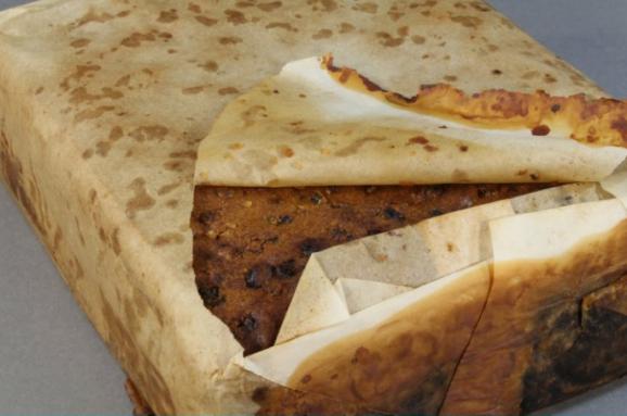 ВАнтарктиді знайшли 106-річний «майже їстівний» пиріг