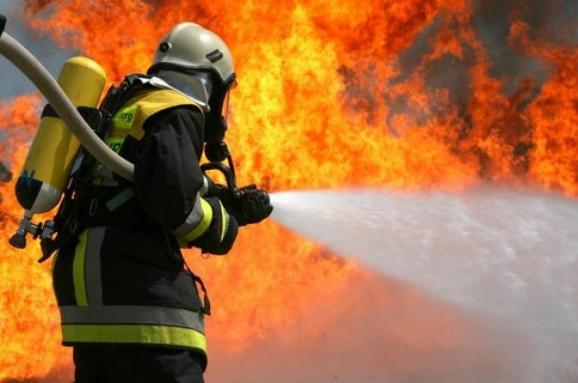 """Результат пошуку зображень за запитом """"пожежа будинок"""""""