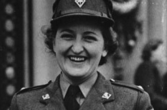 Цього дня армія Канади створила перший жіночий підрозділ на чолі з українкою