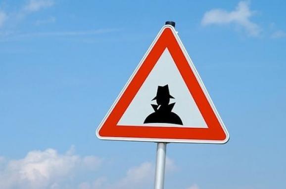 У Латвії розробили інструкцію з розпізнавання шпигунів