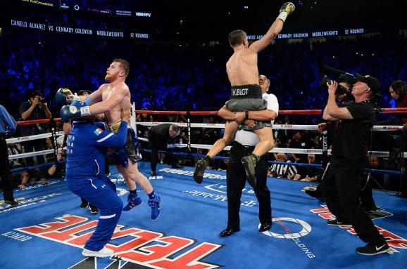 Самый интересный бокс года закончился скандалом. Что надо знать о бое Головкин – Альварес