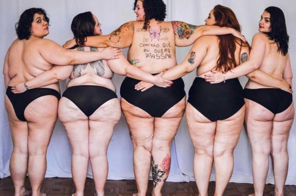 Лишний вес и небритые ноги. Зачем женщины придумали бодипозитив