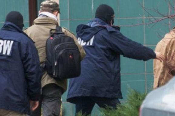 З Польщі депортували російського шпигуна, який розпалював конфлікт з Україною