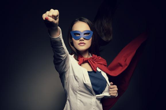 Женщины зарабатывают меньше мужчин, хотя работают больше. Сколько теряет экономика Украины из-за сексизма