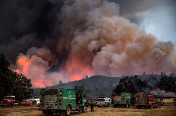 Лісові пожежі уКаліфорнії: понад 100 людей вважаються зниклими безвісти