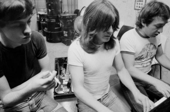 ВАвстралії помер творець культової рок-групи