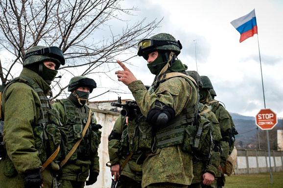 УКриму створено самодостатнє угруповання військ— ГенштабРФ