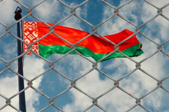 «Докази шпигунської діяльності»: уКДБ Білорусі розповіли, чому затримали українського журналіста Шаройка