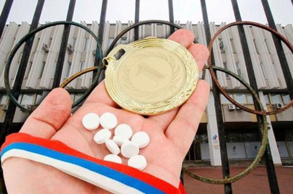 Впервые в истории страну не пустили на Олимпиаду из-за допинга. Как Россия до этого дошла