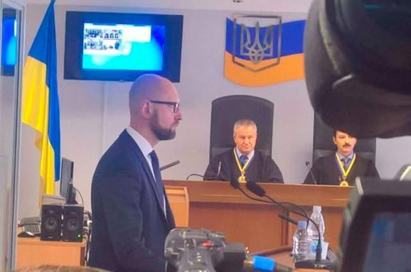 Аваков розповів, як їздив шукати Януковича доКриму