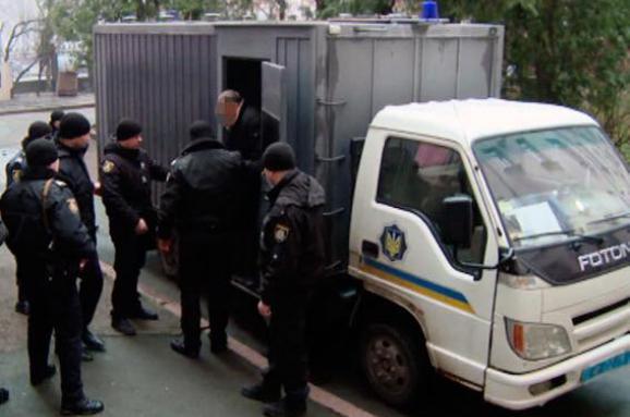 УЖитомирі суд арештував зловмисників завикрадення «ювелірки» на15 млн грн
