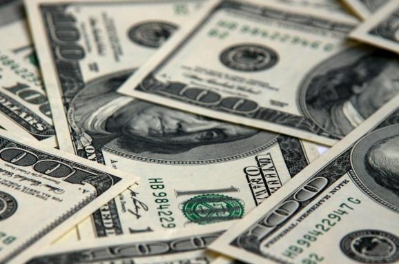Пришла зима и доллар уже 28. Почему