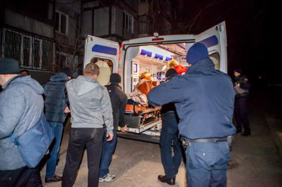 Убагатоповерхівці уДніпрі прогримів вибух: поранена поліцейська