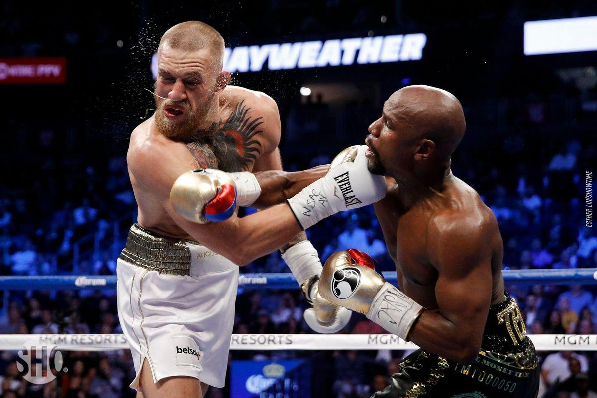 Поєдинок Кличко— Джошуа визнаний кращим боєм 2017 року заверсією Fightnews