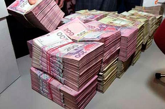 """У Черкасах чиновники """"наварили"""" 4,5 млн грн на квартирах воїнів АТО"""