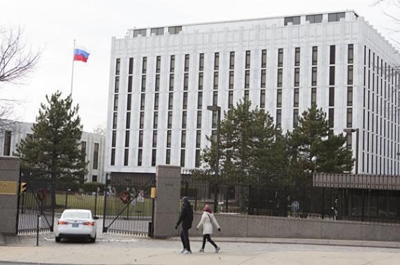УВашингтоні площу перед посольствомРФ перейменують начесть Нємцова