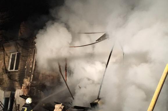 НаКиївщині вжитловому будинку стався побутовий вибух газу, є загиблі