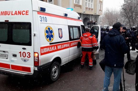 Під час обрання Труханову запобіжного заходу біля суду підстрелили поліцейського. Стрільця затримано