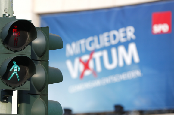 Виталий Портников: Европа и Германия остановились за шаг от пропасти