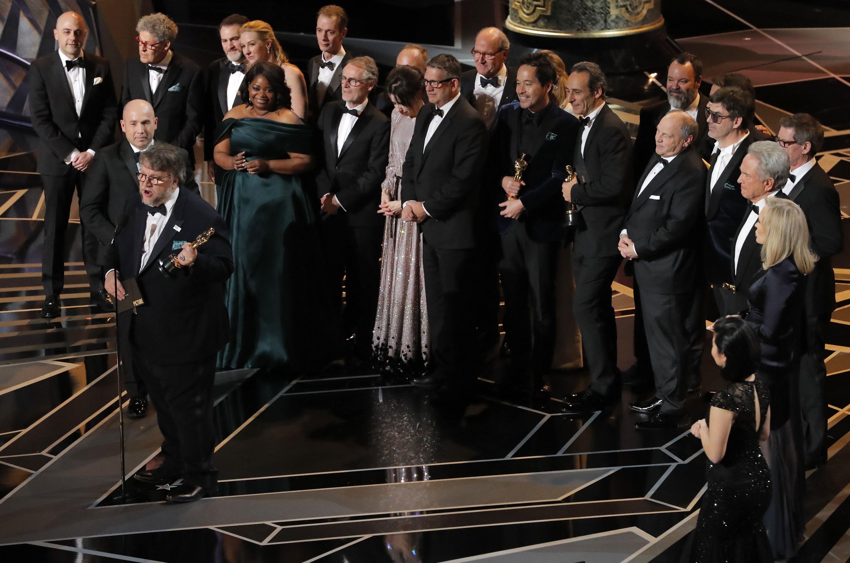 """Первая статуэтка для Олдмена и победа """"Формы воды"""". Что известно о победителях юбилейного """"Оскара"""""""