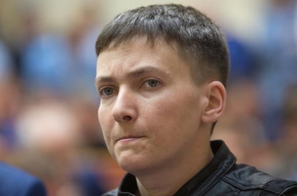 Савченко перервала відрядження до Страсбурга після попередження Луценка про зняття недоторканності