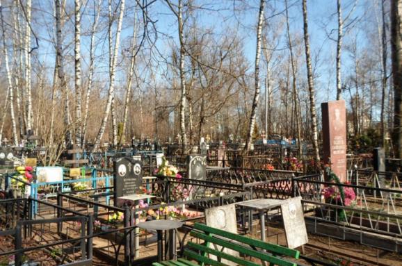 Изменятся ли правила захоронения после «поправки Лозового». Объясняем без «зрады»