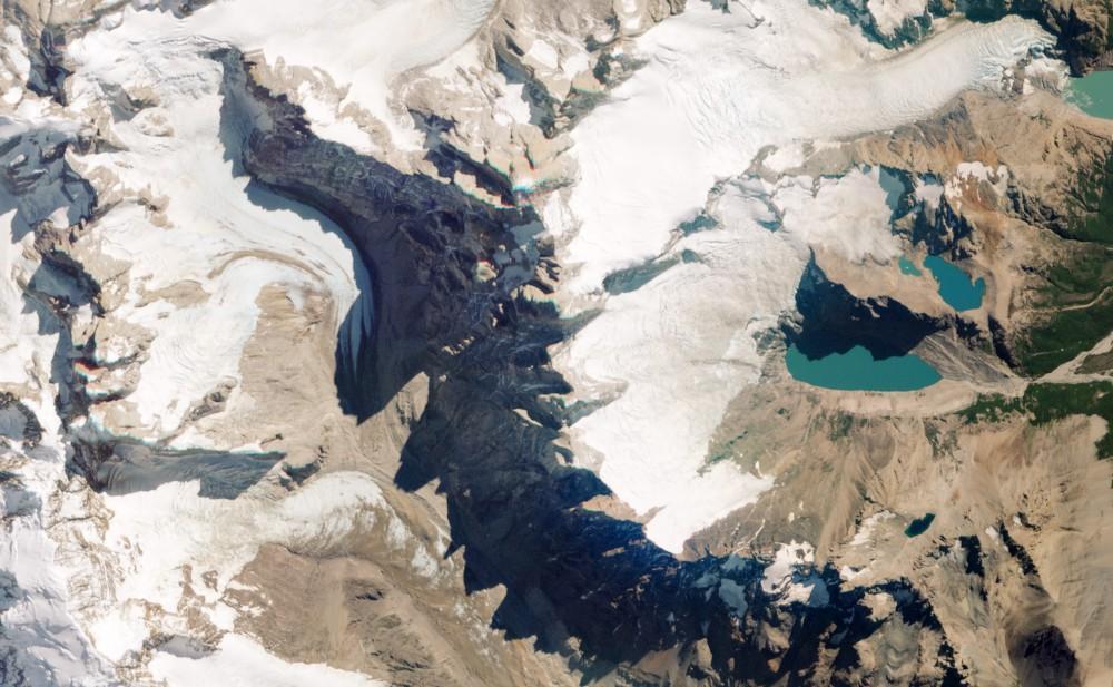 Снимки Земли со спутника под углом. Теперь планета выглядит иначе