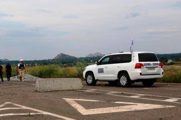 Бойовики вДебальцевому затримали патруль ОБСЄ