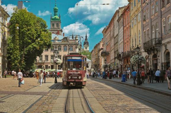 Как бюджетно путешествовать по Украине: 3 маршрута